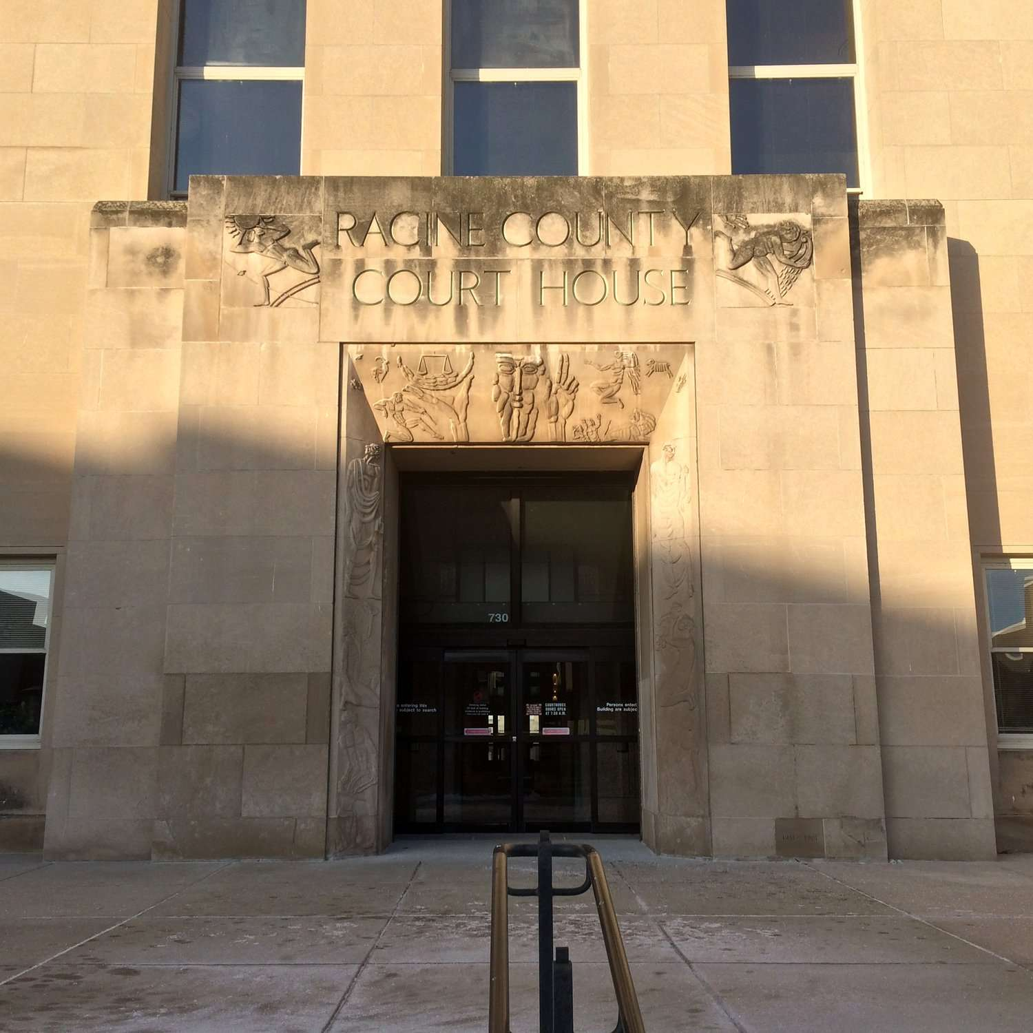 Racine Country (Wisconsin) Court House entrance